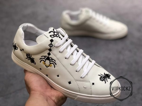 Fendi White With Patch Sneaker - FEND1007-1